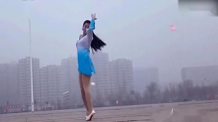 青青世界广场舞