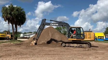 2012 年迪尔160G LC挖掘机
