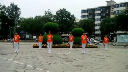 岭上公园柔力球晨练2014年