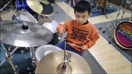 蓬莱架子鼓《小蜜蜂》 张铭轩  于老师权威架子鼓教学  课堂激情演奏!