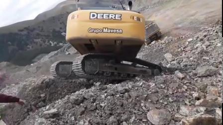 迪尔350G 挖掘机