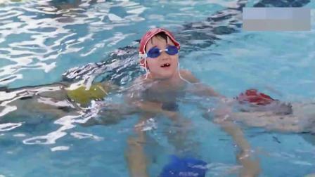 最佳女婿:三位哥哥在水里潜这么久,以为很厉害,结果差点溺水