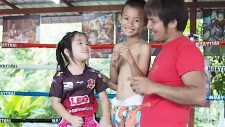 泰拳小姑娘-雷米娜REMINA&莉娜RIINA 与小伙伴日常训练