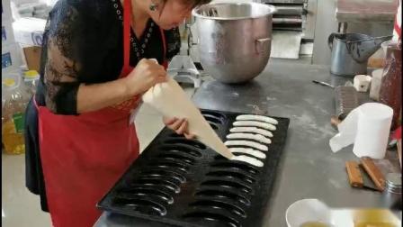 学做香蕉蛋糕去哪里学挣钱轻松本产品的历史