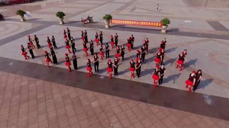 宜州区众乐交谊舞培训中心八周年活动展演 二套水兵舞《洗衣歌》