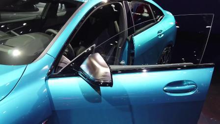 宝马 M235i xDrive 亮相洛杉矶车展