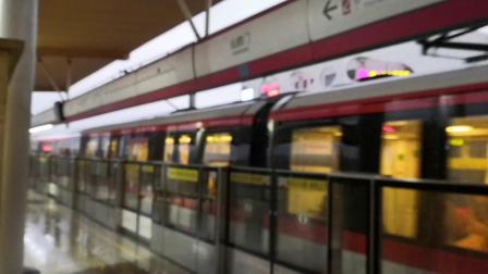 【南京地铁】雨天打滑手动出站,电机不同步
