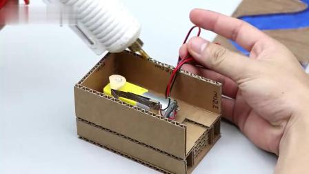 米趣实验室:泡泡糖自动贩卖机,真好玩!