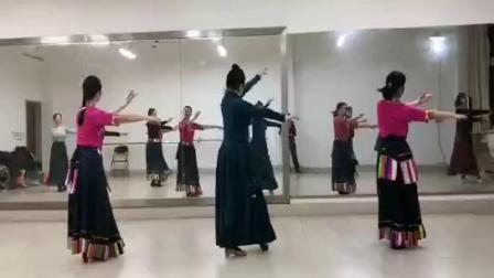 舞蹈《北京的金山上》课堂背面视频,摄影:婉儿