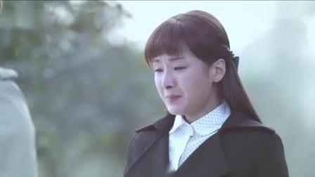 情感:母亲去世了,姑娘害怕扛不起这个家,坟前哭诉很心疼