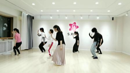 青岛成人学现代舞【一荤一素】