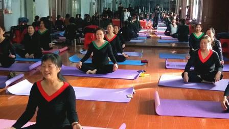 襄州区老年大学瑜伽教学成果展示