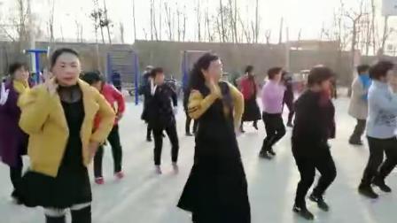 甜甜甜 广场舞 北张联合舞队演 联合摄像  同恩上传 11.29.