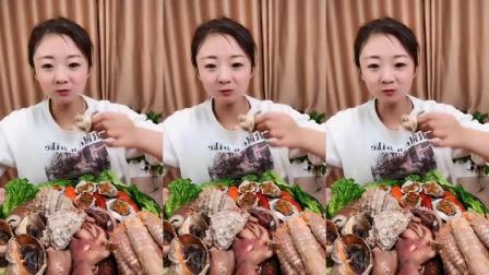 馋嘴小妮妹_吃生呛海参,八爪鱼,小蛋糕,真好吃!