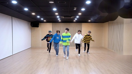 TXT 'Angel Or Devil' Dance Practice