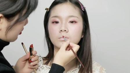 武汉化妆师培训学校排行榜  武汉经典化妆学校——吻唇妆