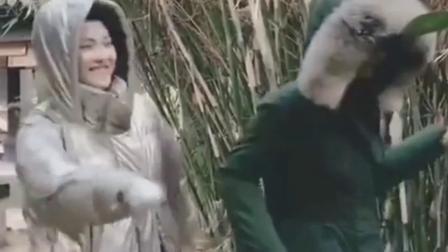 赵丽颖张慧雯片场裹成粽子斗舞,实在是太可爱了!