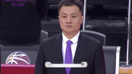 深圳VS四川队赛前,两队为因病去世的吉喆默哀,张松涛表情凝重