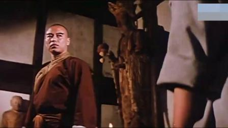 少林俗家弟子:西域男子来少林寺踢馆,一刀划破老方丈的脸,厉害