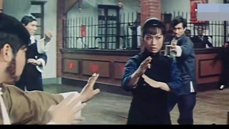 铁掌旋风腿:丽君大闹青龙帮,出手却是少林易筋经,招式凌厉