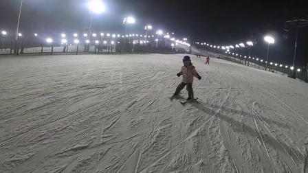 Simba第一次滑雪