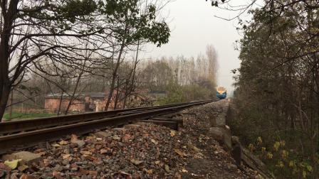河南豫见铁路窄轨小火车