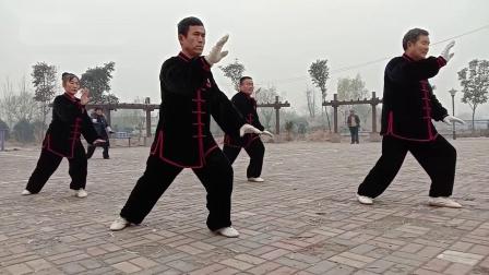 临沂市河东区相公湿地公园弘大太极队晨练24式太极拳