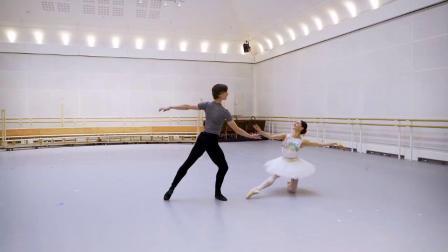 英皇 葛蓓莉娅 3幕 大双 排练片段 Marianela Núñez, Vadim Muntagirov