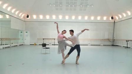 英皇 曼侬 1幕 双人舞 排练片段 Marianela Núñez, Roberto Bolle