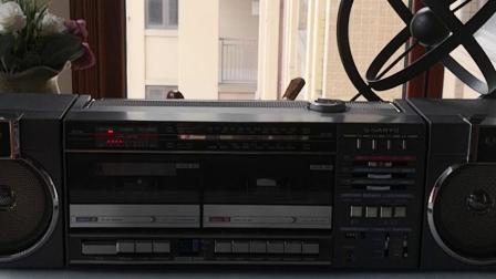 三洋M一W22k双卡收录机听猛士