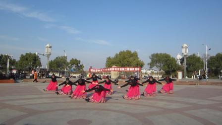 铅山县老年大学舞蹈班、交谊舞二班联欢《藏族舞蹈.吉祥谣》