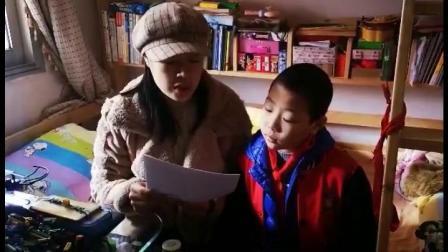 """【戴人工耳蜗的小""""蜗牛""""和妈妈的故事】 记者是在萍乡市残联举行的一次活动中认识胡梓贤和他妈妈曹丽的。如果细心一点,你会发现胡梓贤的头部右侧埋..."""