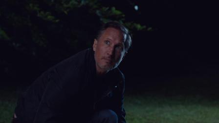 引人入胜的惊悚片《阴谋:作家之死》首款预告
