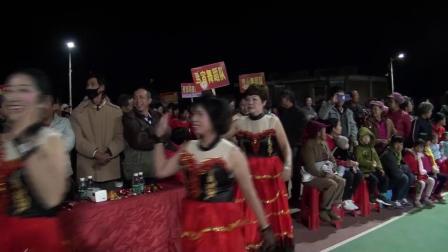 吴川市黄坡镇坡脊村2019年11月13日年例广场舞邀请赛完美版 1