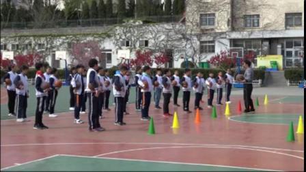 篮球行进间运球水平三五年级一等奖-小学体育优质课 2019