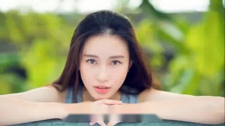 网络最火伤感情歌《偷偷的哭 - 陈玉建》2018抖音最新伤感情歌 流行歌曲._标清