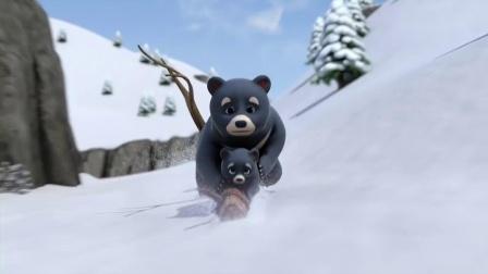 大家被雪崩包围了,巨雪人出现救了大家,可乐迪没有看见他