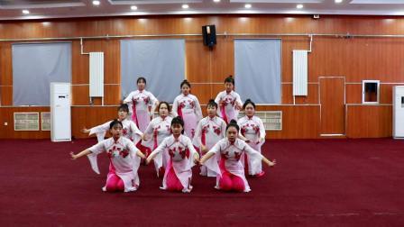 舞蹈:桃花山 18学3