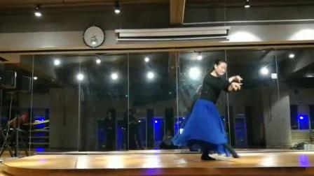 肖岚老师的舞蹈 绒花