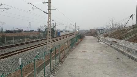 【卖萌随拍】K820重庆北-北京西 SS7C0094 15.52