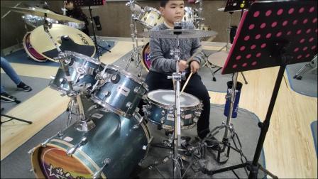 蓬莱架子鼓  《吸 引》  李 霖  于老师权威架子鼓教学  课堂激情演奏!