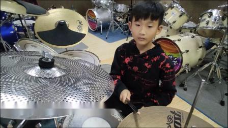 蓬莱架子鼓  《吸 引》  杨毅涵  于老师权威架子鼓教学  课堂激情演奏!