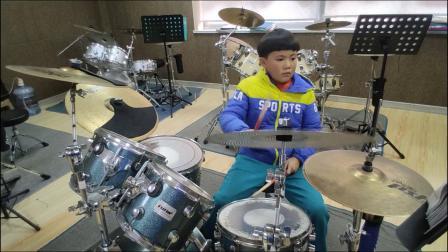 蓬莱架子鼓  《热气球》  王 旭  课堂激情演奏,蓬莱如是艺术教育培训!