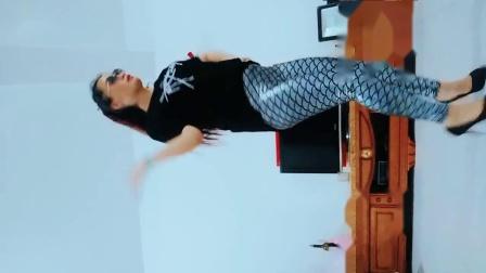 红炫凤舞广场舞《》195899427 (1)