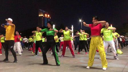 深圳英英炫舞团412