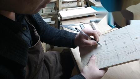 木工公开课综合制作之四腿八奓小板凳第五讲,枨子长度计算方法与榫头定位