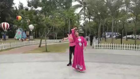 三亚湾唐秀华老师倾情新疆舞