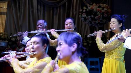 阜新市老年学器乐系迎新年联欢会上