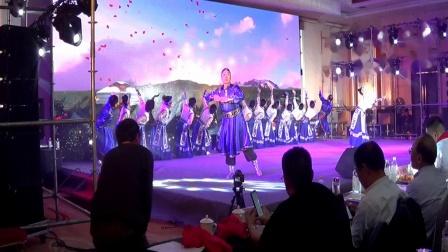 英知舞代表队在辛集皮革商会2019年年会上的演出作品 指导 贾英 摄制 三石