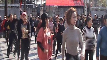 阳光明媚广场舞